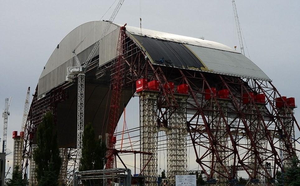 Саркофаг 2 Чернобыльской АЭС строительство